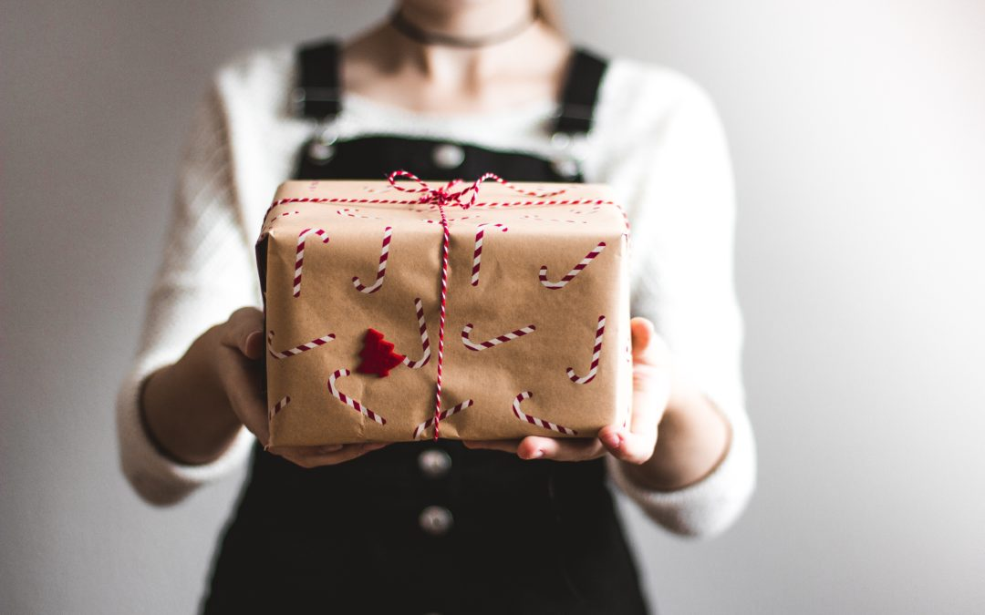 How Much Should You Spend On Christmas Presents For Your New Partner?